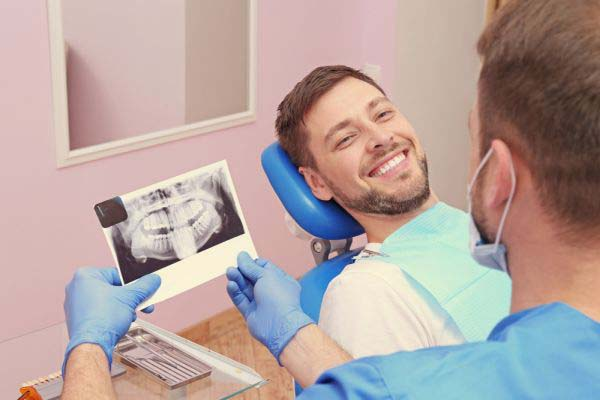 Dental Veneer Options From A Cosmetic Dentist